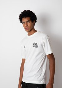 CAMISETA PORMENOR GIGANTES OFF WHITE
