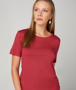 T-SHIRT GOLA CARECA MODAL - RED PEAR