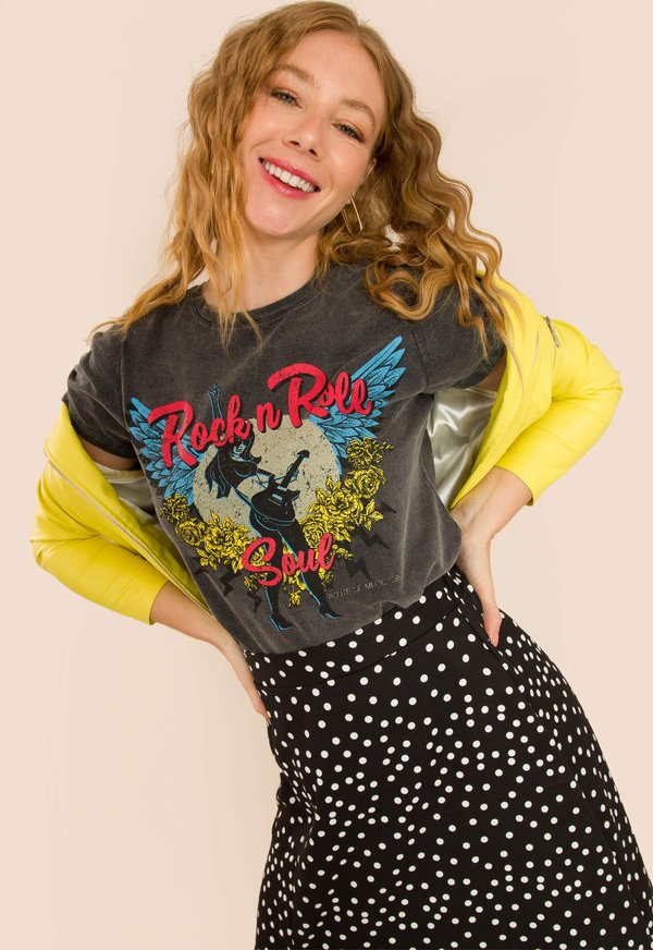 Foto do produto T-SHIRT ROCK AND ROLL SOUL