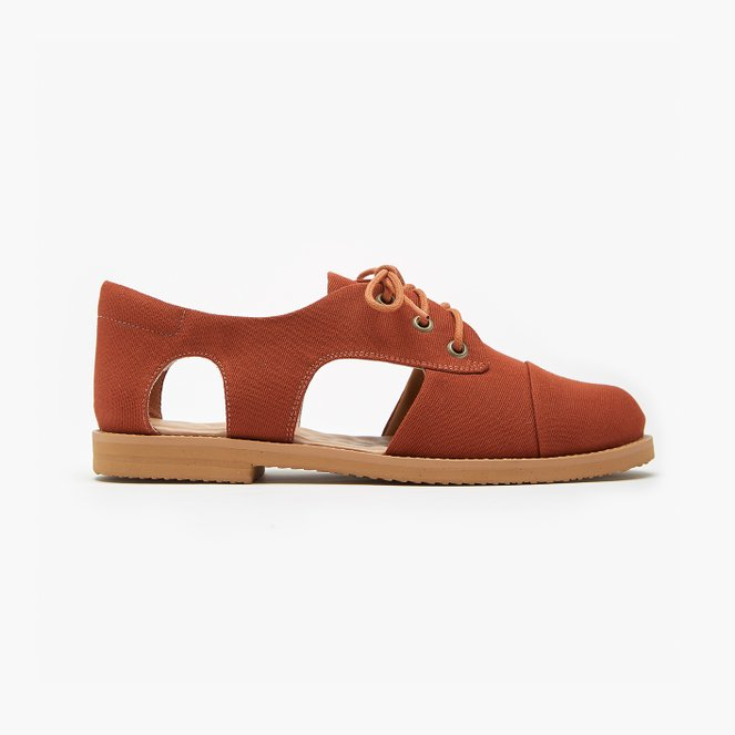 Terra Cutout Oxford