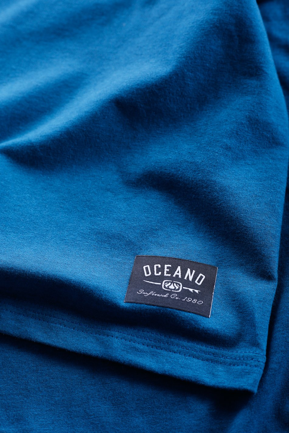 CAMISETA OCEANO 1980 MESCLA COLOR