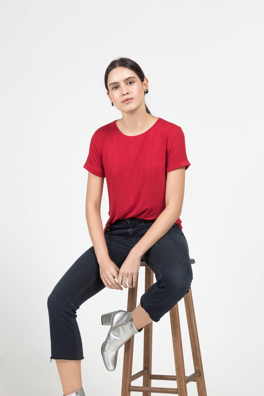 T-Shirt Gola Careca Linho - Vermelha