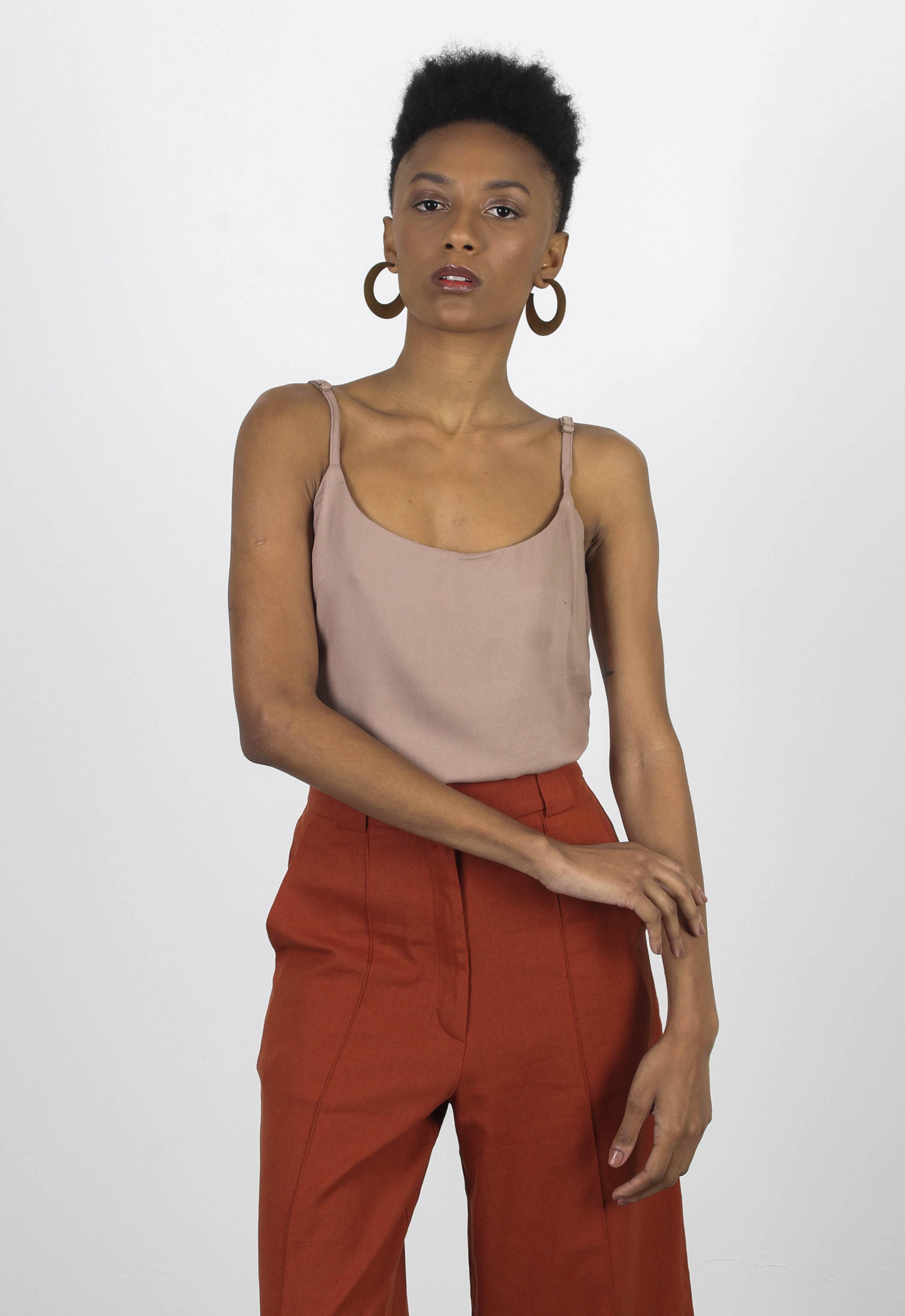T-shirt - Roupa Feminina — Fashion Flavour MarketPlace