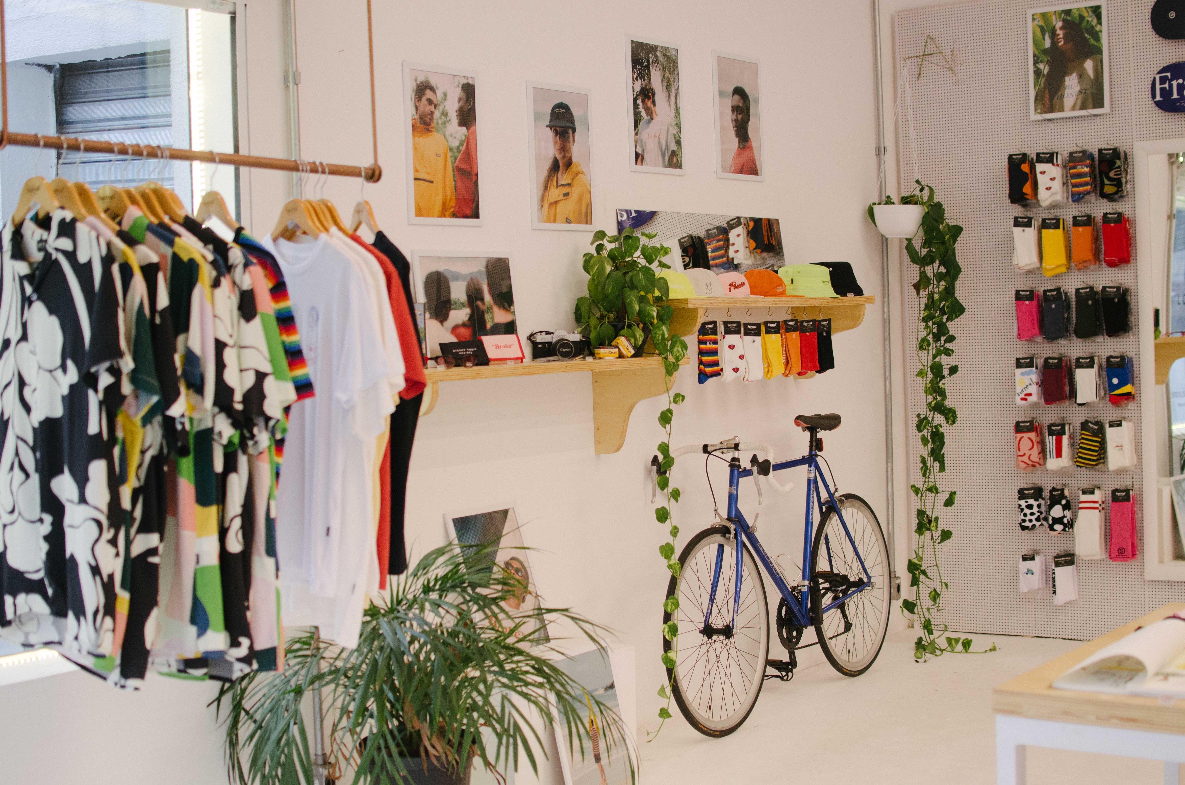Imagem da página de lojas