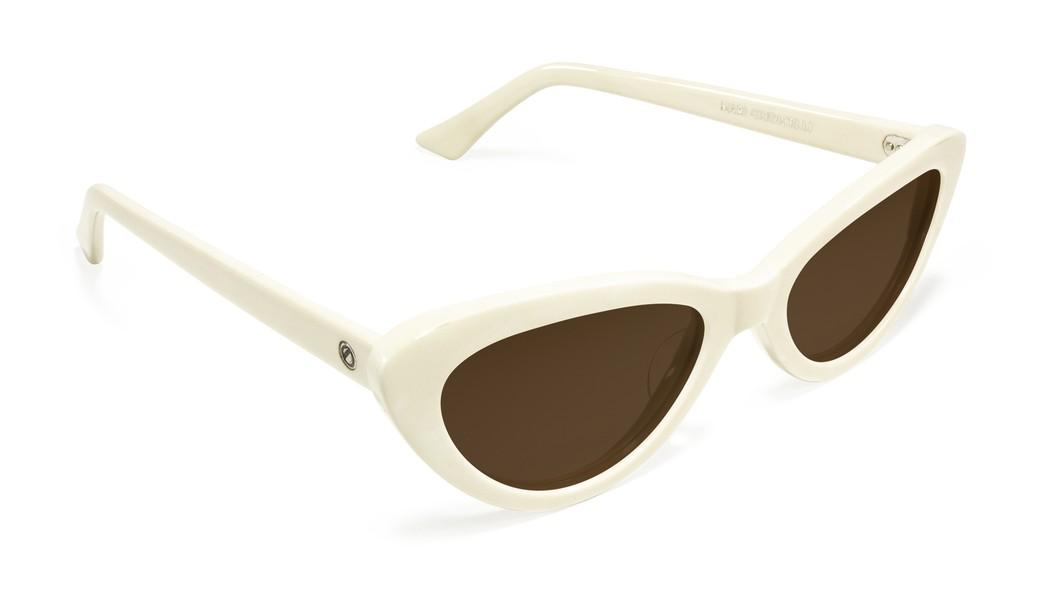b33496afa4eaf Óculos de Sol   Mari Giudicelli  Nambu . Óculos de Sol   Mari Giudicelli ...